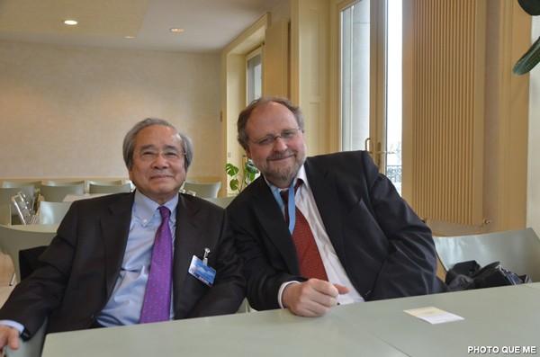 Vo Van Ai et le Rapporteur spécial Heiner Bielefeldt à Genève