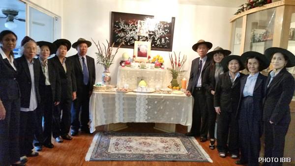 Anh Chị Em Đoàn Cựu Huynh trưởng & Đoàn sinh GĐPT chào đón quan khách