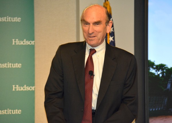 Ông Elliott Abrams, nguyên Thứ trưởng Ngoại giao Hoa Kỳ, nguyên Cố vấn Hội đồng An ninh Toà Bạch Ốc