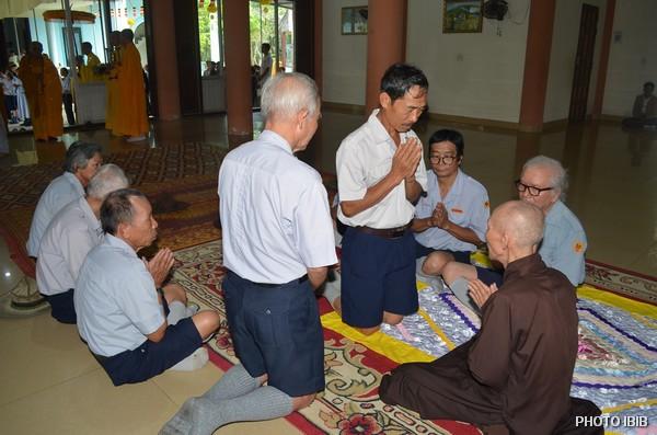 HT Viên trưởng Viện Hoá Đạo chứng minh Lễ Thọ Cấp Tấn cho các Hunh trưởng GĐPT