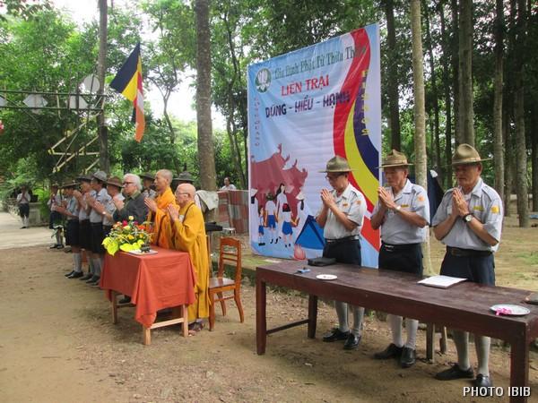HT Thích Minh Quang Chứng minh Liên Trại Dũng-Hiếu-Hạnh – Hình IBIB
