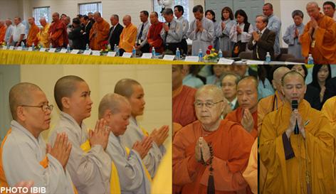 Toàn thể Đại hội chắp tay khâm tuân Giáo chỉ số 9 của Đức Tăng thống Thích Huyền Quang