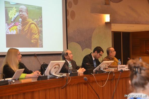 Bàn thuyết trình Hội luận tại LHQ