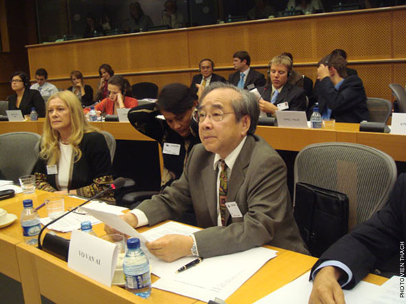 Ông Võ Văn Ái điều trần tại Quốc hội Châu Âu