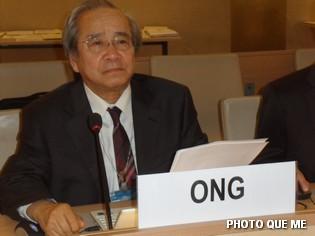 Ông Võ Văn Ái phát biểu tại Hội trường LHQ ở Genève – Hình Quê Mẹ