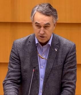 Dân biểu Petras Austrevicius (Tân Đảng, người Lithuania) - Photo: VCHR